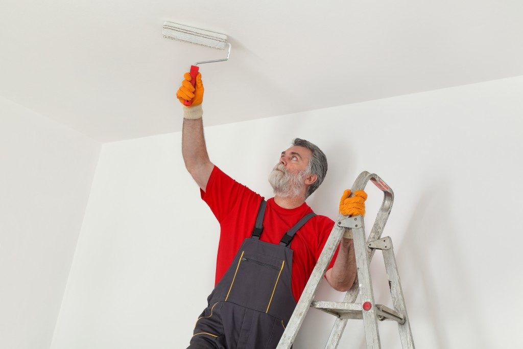 painting the ceiling with white paint