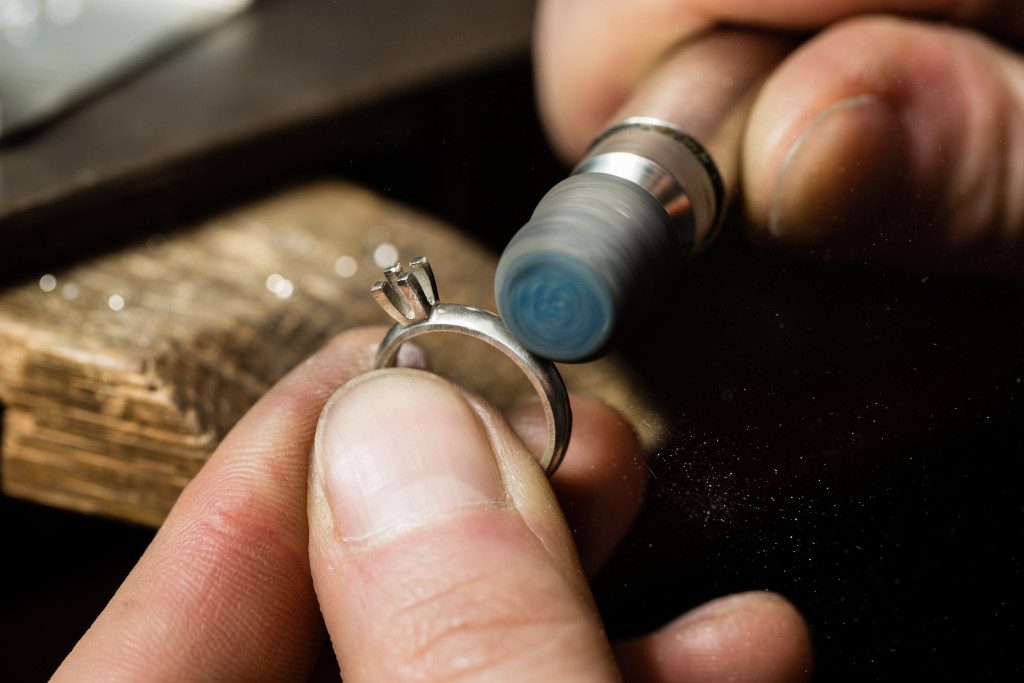 ring cleaning