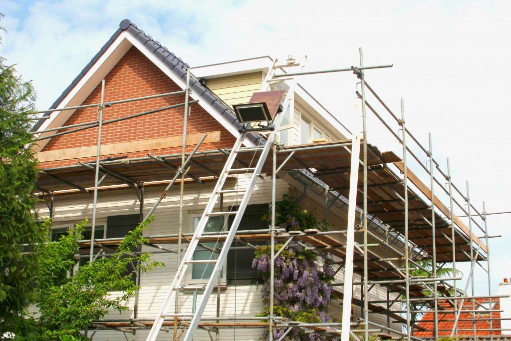 house exterior under construction